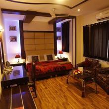 Hotel Doon Castle in Dehradun