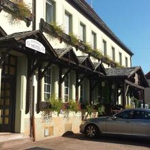 Hotel Dorfschenke in Lemberg