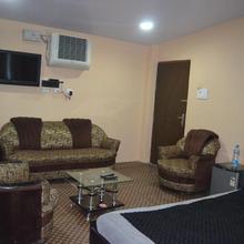 Hotel Dps Inn in Lukerganj