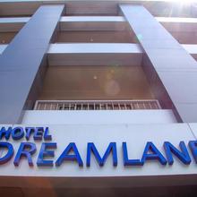 Hotel Dreamland in Valivade
