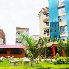 Hotel D's Mezbaan in Gurugram