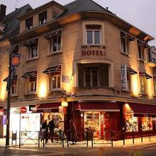 Hotel du Cygne in Noailles