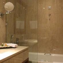 Hotel Du Lac Congress Center & Spa in Dafnoula