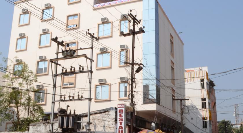 Hotel Eden Roc in Bhubaneshwar