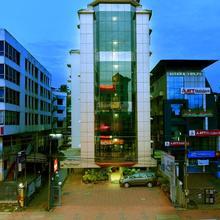 Hotel Elisa International in Thiruvananthapuram