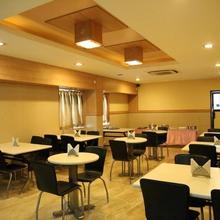 Hotel Ess Paradise in Singanallur