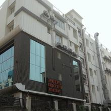Hotel Executive Holiday in Danapur