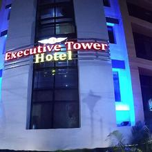 Hotel Executive Tower in Park Circus