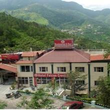 Hotel Falcon Crest in Solan