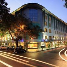 Hotel Fidalgo in Jua