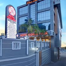 Hotel Floral Park in Kottayam