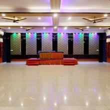 Hotel G K Jain in Guna