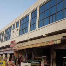 Hotel G S in Badwasi