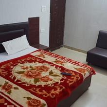 Hotel Gagan in Lucknow