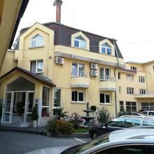 Hotel Galant in Pasarel