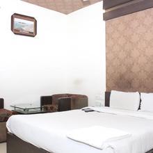 Hotel Galaxy in Jasra