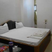 Hotel Garg in Shikohabad