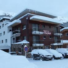 Hotel Garni Dorfblick in Lech