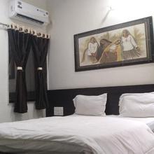 Hotel Gayatri in Dwarka