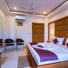 Hotel Geet Govind in Vrindavan