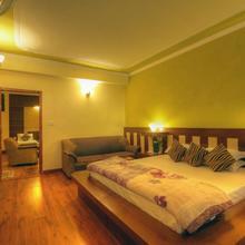 Hotel Glacier Resort in Nagar