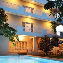 Hotel Go8485 in Devanhalli