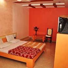 Hotel Gokul in Gandhinagar