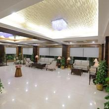 Hotel Golden Gate in Indore