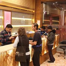 Hotel Golden Oasis in New Delhi