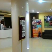 Hotel Golden Star in Surat