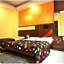 Hotel Golden Wings in New Delhi