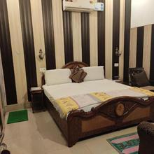 Hotel Golden Woods in Amritsar