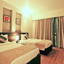 Hotel Golf View in Ghaziabad