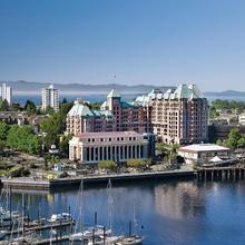 Hotel Grand Pacific in Esquimalt