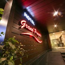 Hotel Grand Pragati in Surat