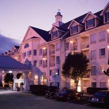 Hotel Grand Victorian in Branson