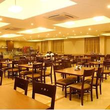 Hotel Great Maratha in Karad