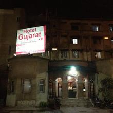 Hotel Gujarat in Ranchi