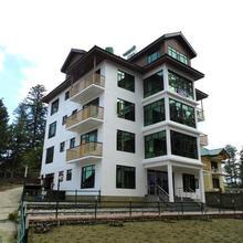 Hotel Gulmarg House in Kunzer