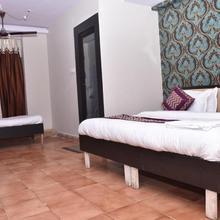 Hotel Gupta & Sip N Dip Bar in Gorakhpur
