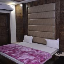 Hotel Guru Kripa Inn in Vrindavan