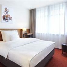 Hotel Hafen Hamburg in Sottorf