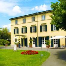 Hotel Hambros - Il Parco In Villa Banchieri in Lucca
