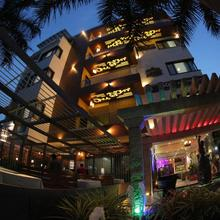 Hotel Hampi International in Hampi