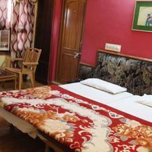 Hotel Haryali Palace in Debari