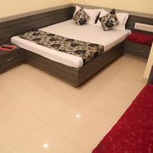 Hotel Heena Plaza in Morthala
