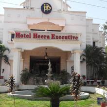Hotel Heera Executive in Bhone