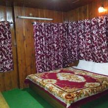 Hotel Hema Holiday Home in Manali