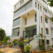 Hotel Highnest in Guduvancheri