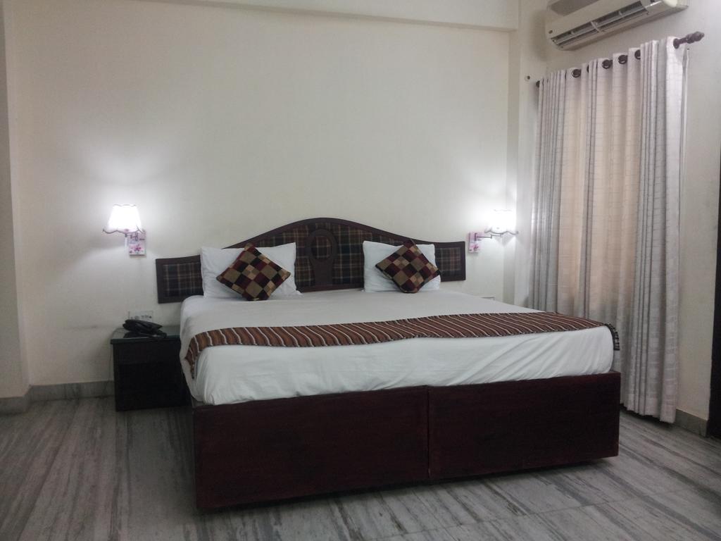 Hotel Hills Park in Irinjalakuda